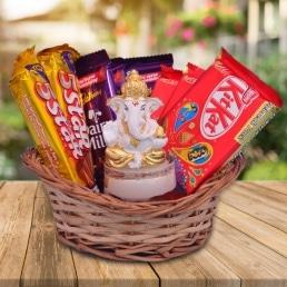ganesha_n_chocolates_hamper